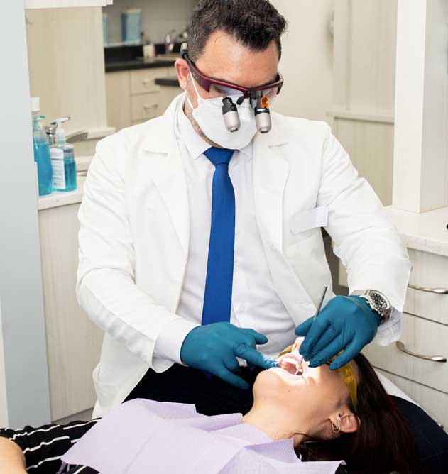 What is the average cost of dental implants